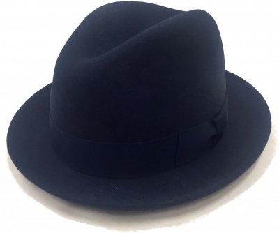 hattar faustmann pesaro marinblå trilbyhattar populära hattmodeller 9ca86823b3da8
